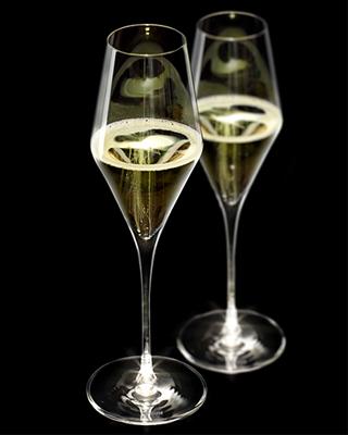 Illuminated Glassware Hospitality Resources